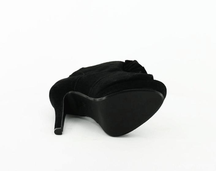 Friis & Company - Venetia Black