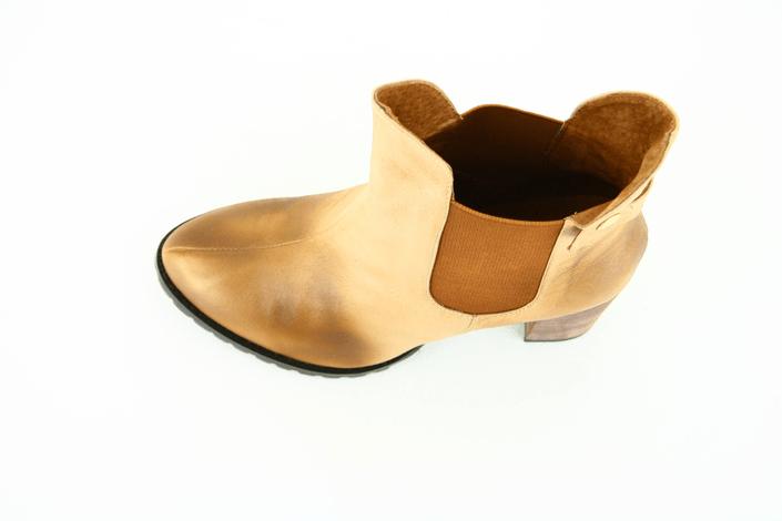 Friis & Company - Alaia Sand
