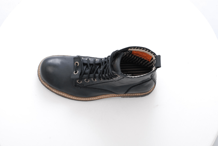Sneaky Steve - Shambles Black Leather