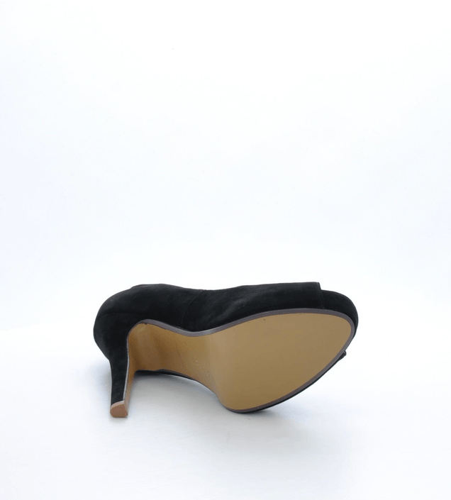 Friis & Company - Nessie Black