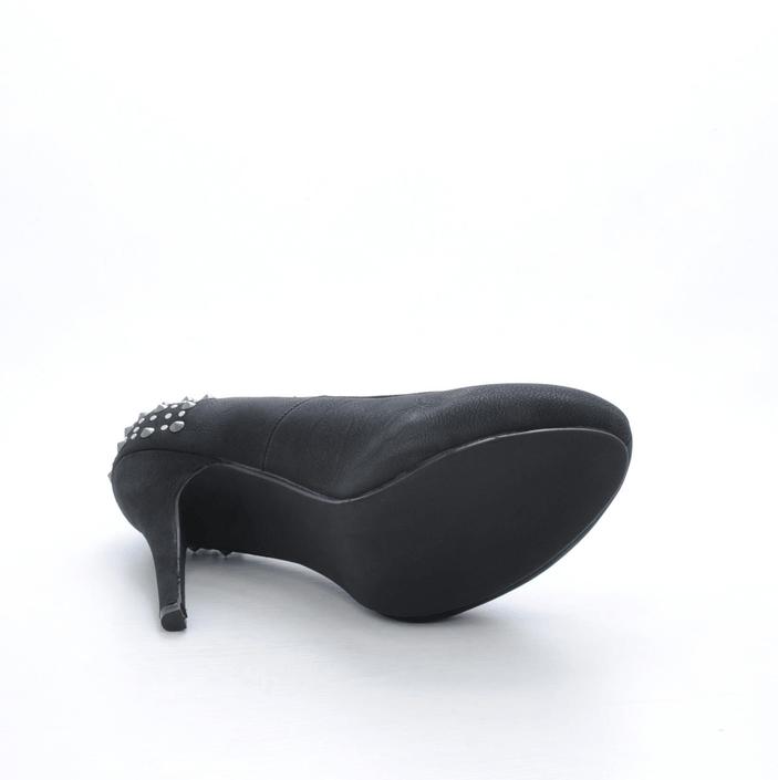 Friis & Company - Kimberly Black