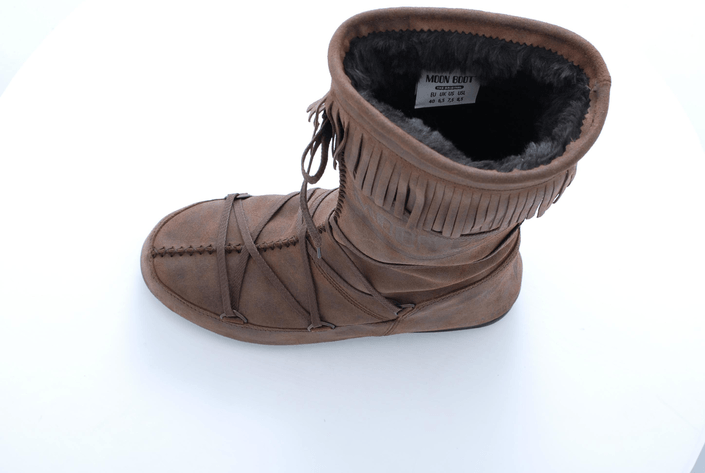 Moon Boot - Dakota Brown