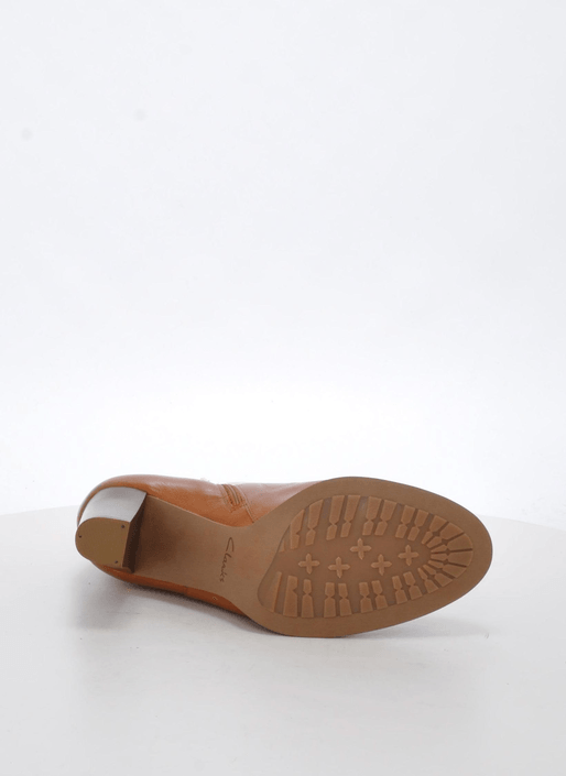 Clarks - Kacia Alfresco Tan