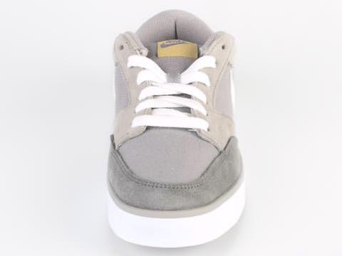 Nike - Avid JR