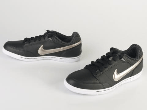 Nike - WMNS Double Team Lite