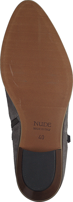 Nude - Gill Road